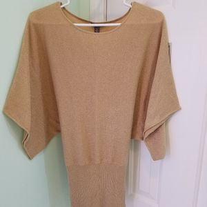 Women's size medium Apt 9 gold shimmering top